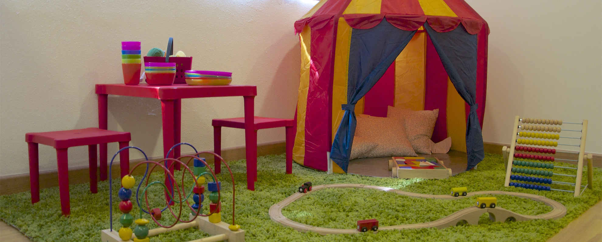 slider-home-playarea